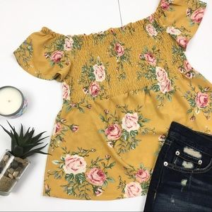 3/$15! Monteau Spring Floral Off-shoulder Crop Top